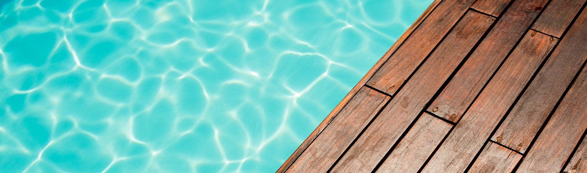 Piscine o jardin piscine structure b ton avec for Prix liner pvc arme